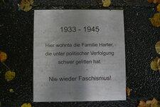 herten+gedenktafel-familie-harter+bild01.jpg
